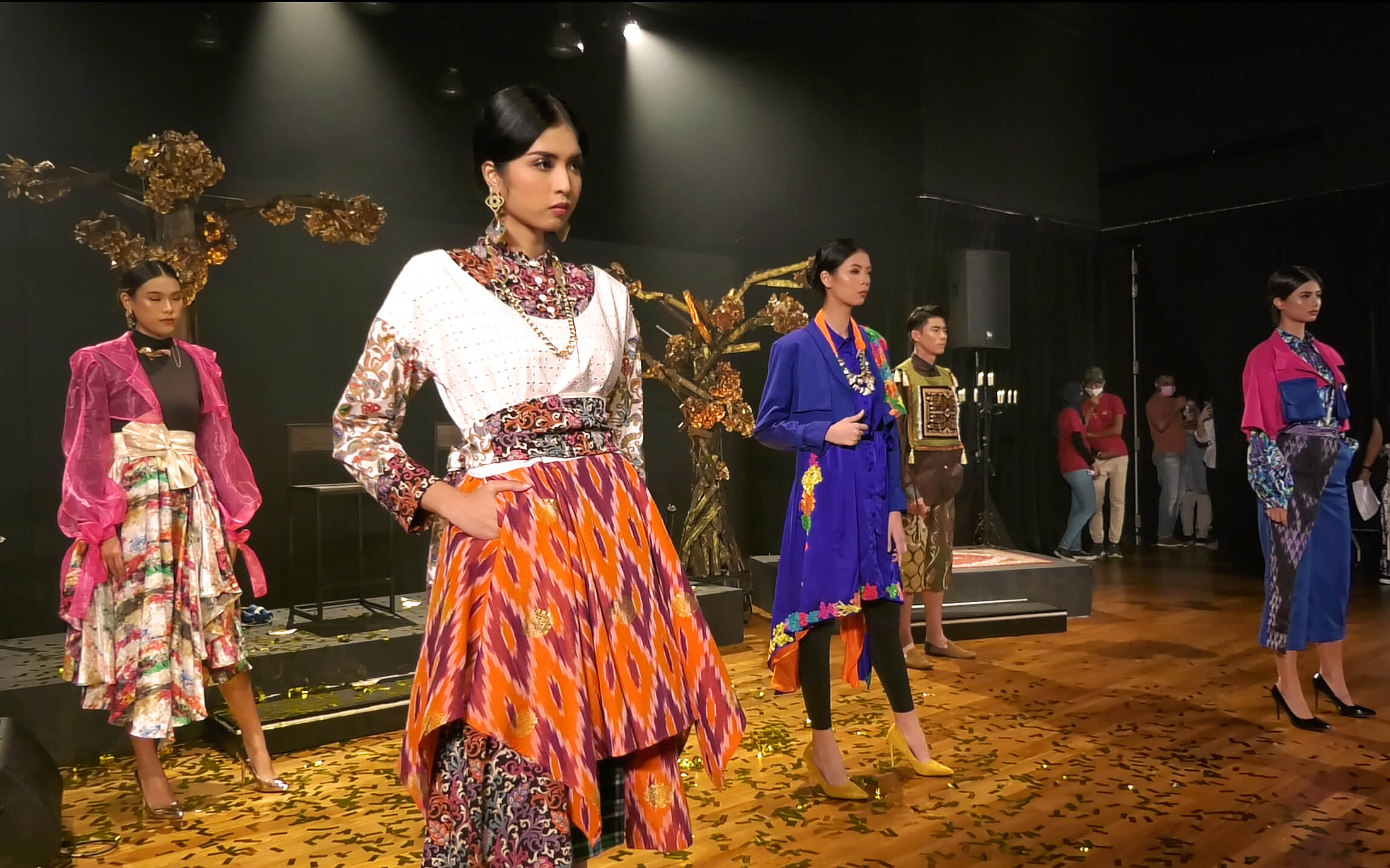 Arab Street URA Raffles Recreating the Textile Culture Collaboration from One Kampung Glam Cahaya Ramadan Live Stream Fashion Show 8