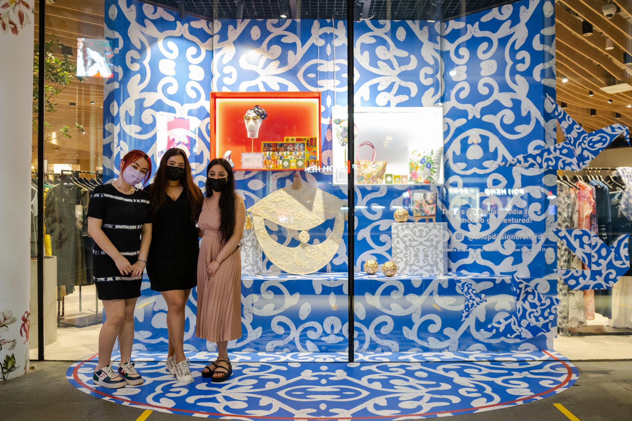 Design Orchard Raffles Heritage Festival 2021 Visual Window Display Raffles Designers Group Shot 1